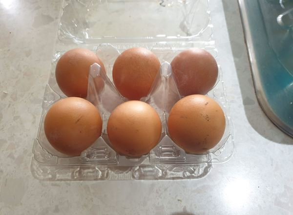Eggs-Medium (Free Range)