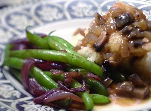 Green Beans w/ Caramalized Onions