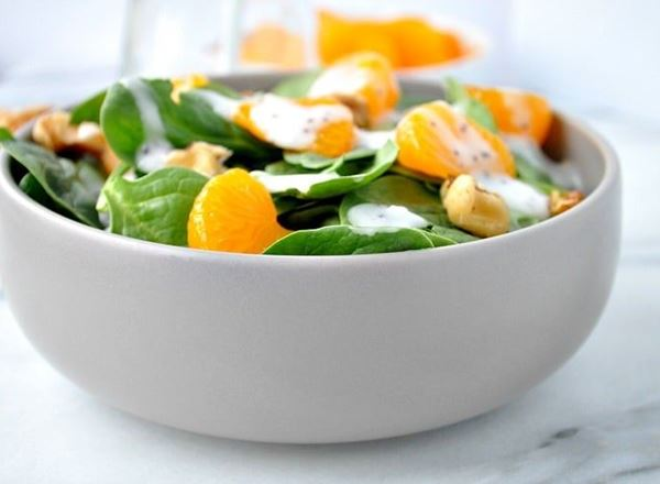 Simple Spinach & Mandarin Salad