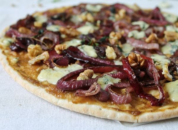 Pizza with Rhubarb Sauce, Caramelized Onions and Blue Cheese